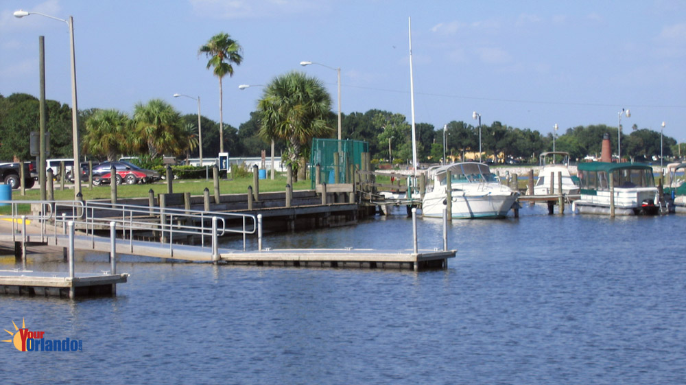 Kissimmee, Florida | Lake Tohopekaliga (Lake Toho) Downtown Kissimmee