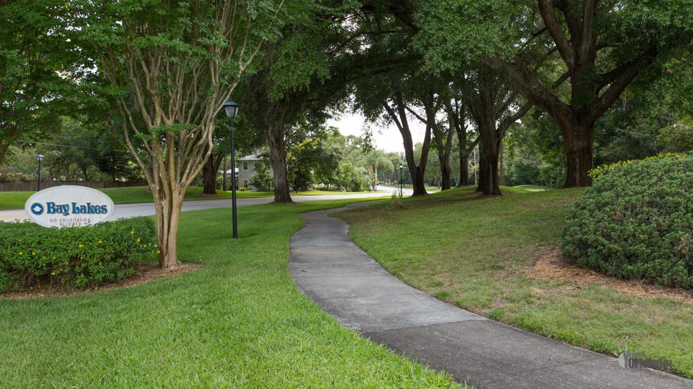 Community Entry - Bay Lakes at Granada - Orlando, Florida